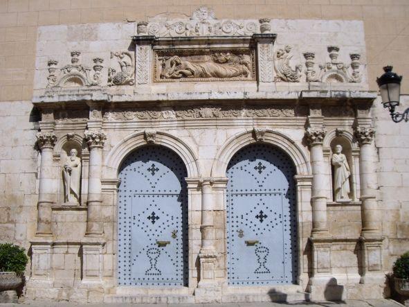 Portada Renacentista de la Magdalena de l'Olleria