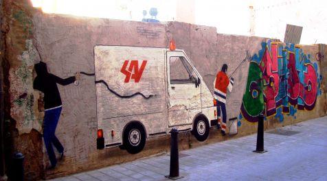 Limpiando grafitis