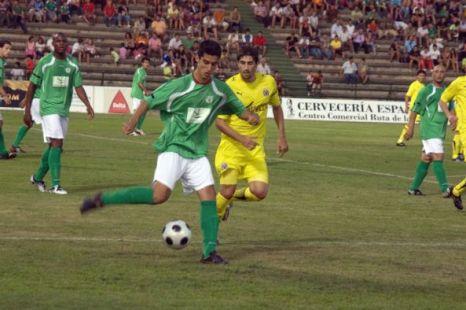Gonzalo Llerena en Partido Cacereño-CF Villareal