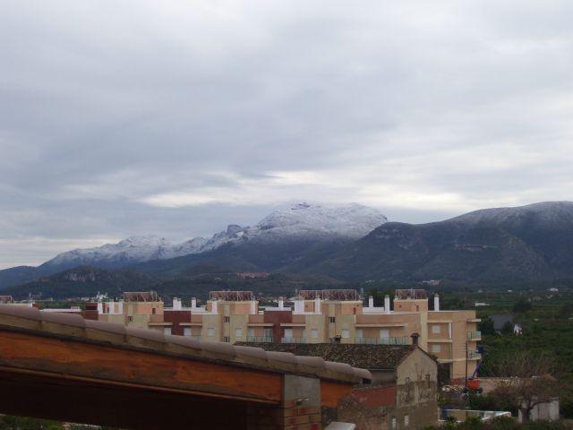 La neu desde Benicull de Xuquer