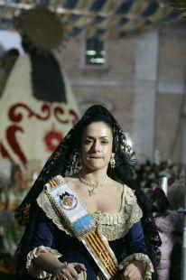 Segunda jornada de la Ofrenda floral de las comisiones falleras a la Virgen de los Desamparados / Jesús Signes
