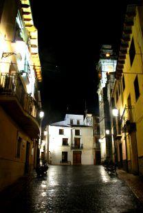 Alfafara, de noche