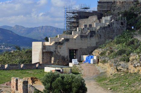 Castillo de Sagunto.Ruina sobre ruina.
