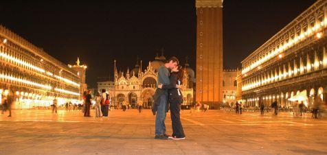 Beso en Venecia