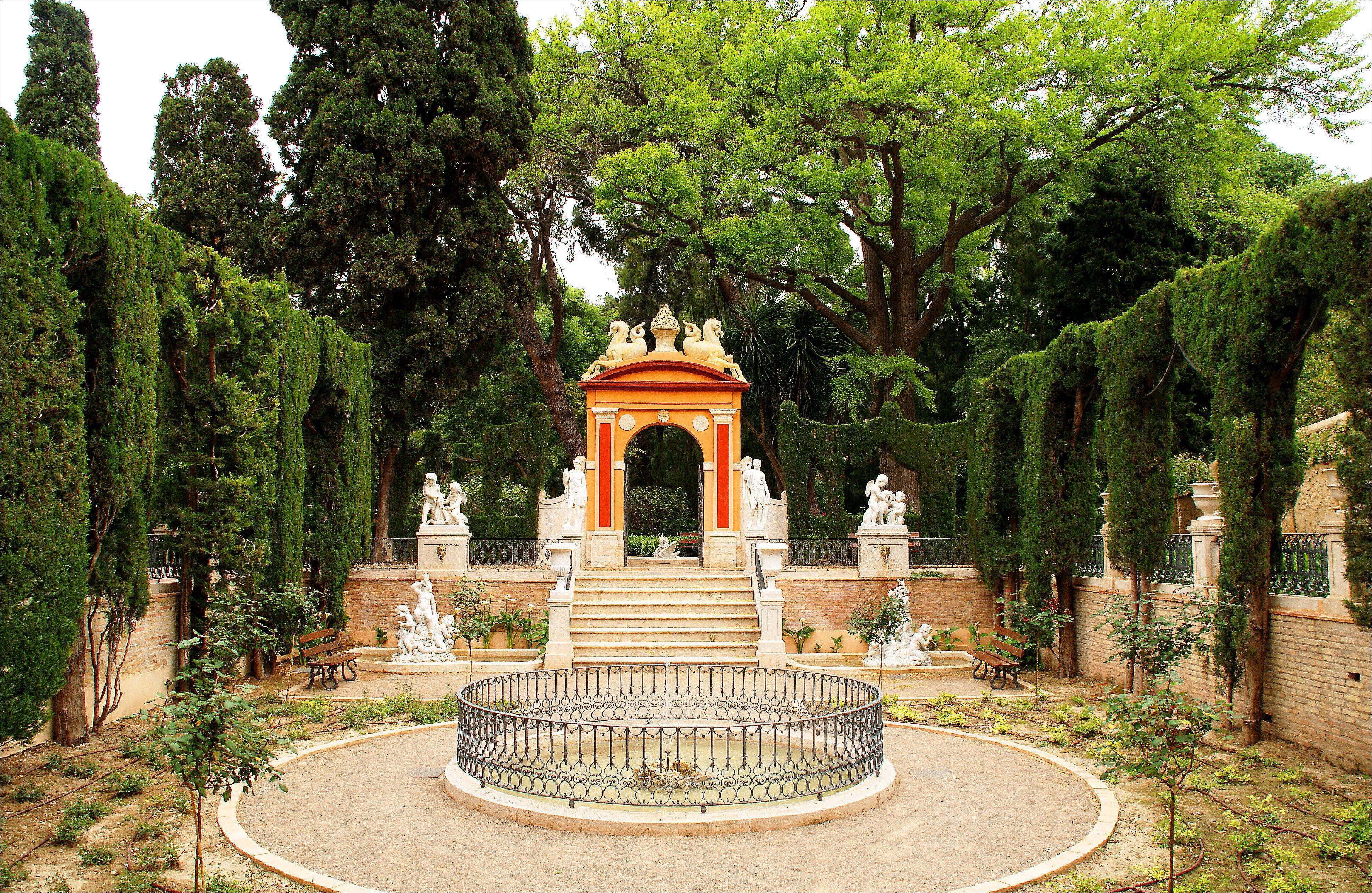 M s de 100 cosas que hacer en valencia viajando contigo for Jardines de monforte valencia