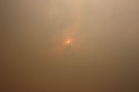Valencia bajo el humo y las cenizas