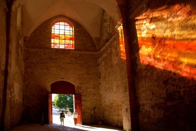Abadía de Fontmorigny