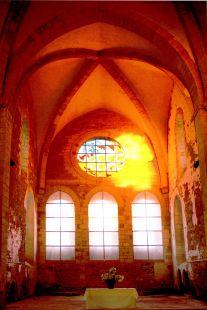 Abadía de Fontmorigny, Francia