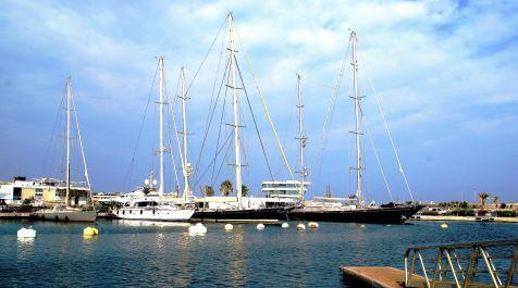 Marina Real