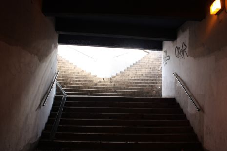 Escaleras sin acceso para minusválidos